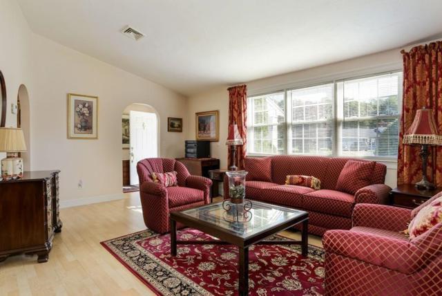 115 Foxglove Rd, Barnstable, MA 02632 (MLS #72413059) :: ALANTE Real Estate