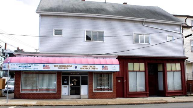 1664 S Main St, Fall River, MA 02724 (MLS #72414719) :: Goodrich Residential