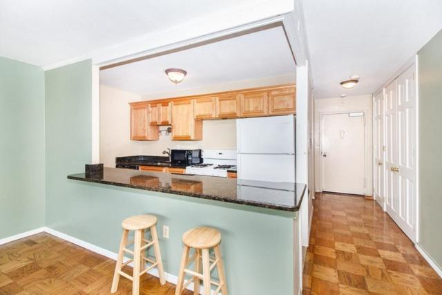 2 Hawthorne Place 14B, Boston, MA 02114 (MLS #72418426) :: Goodrich Residential