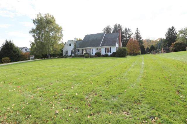 11 Cedar Ridge, South Hadley, MA 01075 (MLS #72423068) :: Apple Country Team of Keller Williams Realty