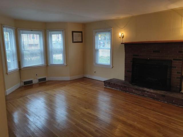 1 Capitol St, Methuen, MA 01844 (MLS #72423296) :: Exit Realty