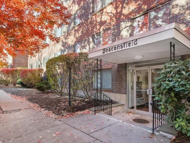 133 Beaconsfield Rd #24, Brookline, MA 02445 (MLS #72423540) :: The Gillach Group