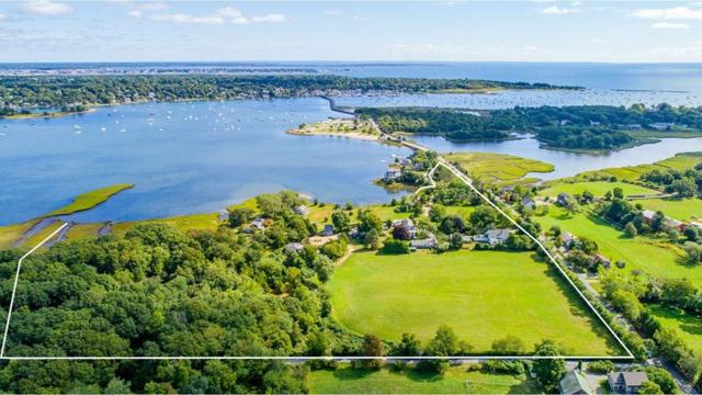 153 Gulf Rd, Dartmouth, MA 02748 (MLS #72425507) :: Westcott Properties