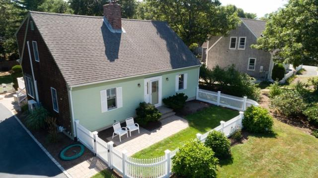 15 Meadowood Ln, Falmouth, MA 02536 (MLS #72429264) :: Apple Country Team of Keller Williams Realty