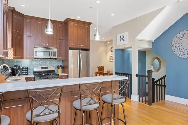 248 C St #1, Boston, MA 02127 (MLS #72433470) :: Anytime Realty