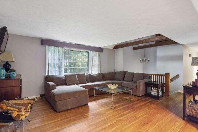 33 Old Pottery Lane, Norwell, MA 02061 (MLS #72440351) :: Keller Williams Realty Showcase Properties