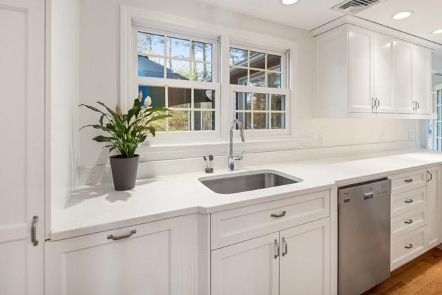 7 Minuteman Rd, Hingham, MA 02043 (MLS #72441637) :: Keller Williams Realty Showcase Properties