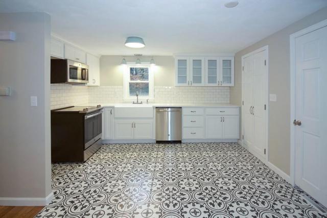 1133 Forest St, Marshfield, MA 02050 (MLS #72442687) :: Keller Williams Realty Showcase Properties