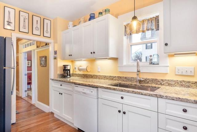 14 Kingman Rd, Somerville, MA 02143 (MLS #72447444) :: AdoEma Realty