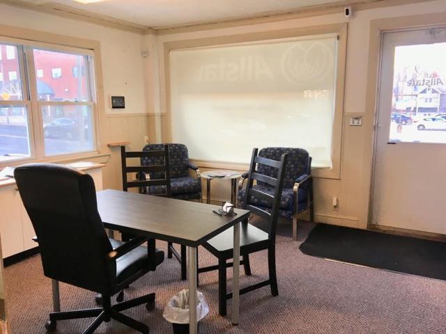 284 Main Street, Unit 1, Stoneham, MA 02180 (MLS #72447642) :: EdVantage Home Group