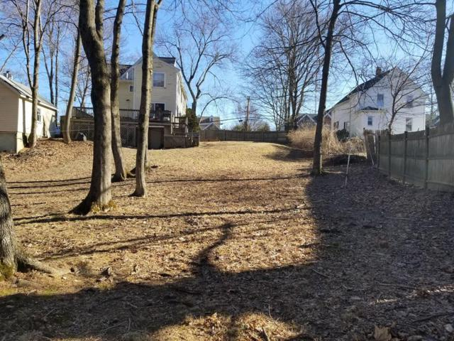 11 Hunnewell St., Wellesley, MA 02481 (MLS #72451924) :: The Gillach Group