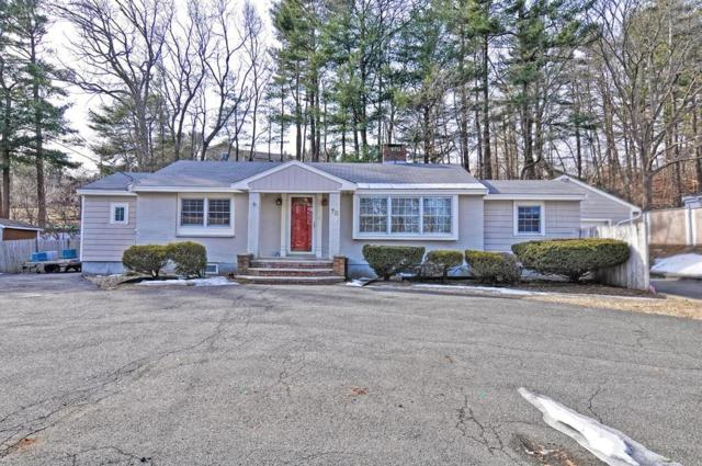70 Russell St, Peabody, MA 01960 (MLS #72453232) :: EdVantage Home Group