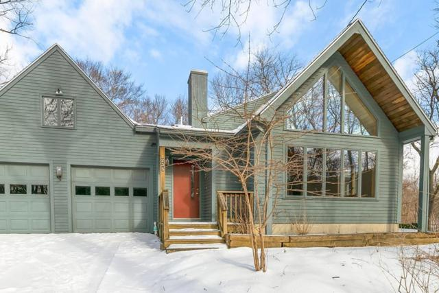 235 Newtown Rd, Acton, MA 01720 (MLS #72455085) :: Apple Country Team of Keller Williams Realty