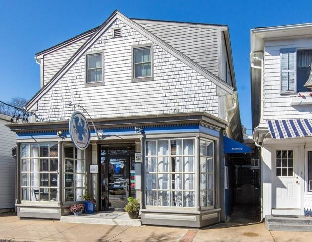 53 Circuit Ave, Oak Bluffs, MA 02557 (MLS #72455915) :: Lauren Holleran & Team