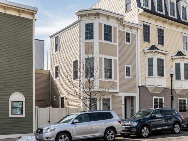 230 Bunker Hill St, Boston, MA 02129 (MLS #72468044) :: Mission Realty Advisors