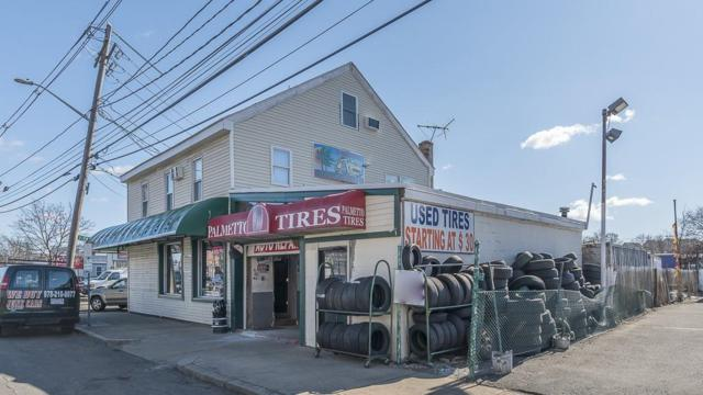 98 Foster St, Peabody, MA 01960 (MLS #72468948) :: Exit Realty