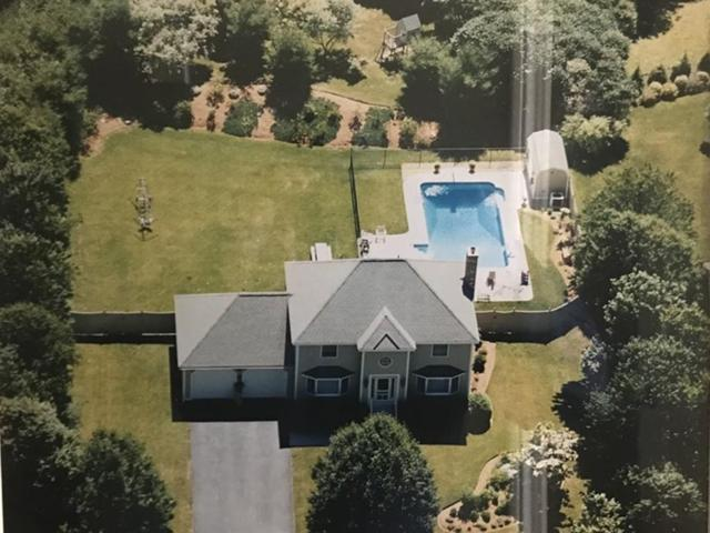 33 Farm Hill Rd, Leominster, MA 01453 (MLS #72478249) :: Apple Country Team of Keller Williams Realty