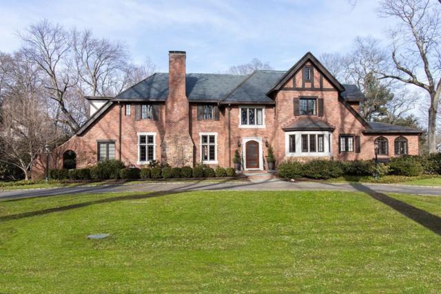 165 Cliff Rd, Wellesley, MA 02481 (MLS #72479607) :: AdoEma Realty