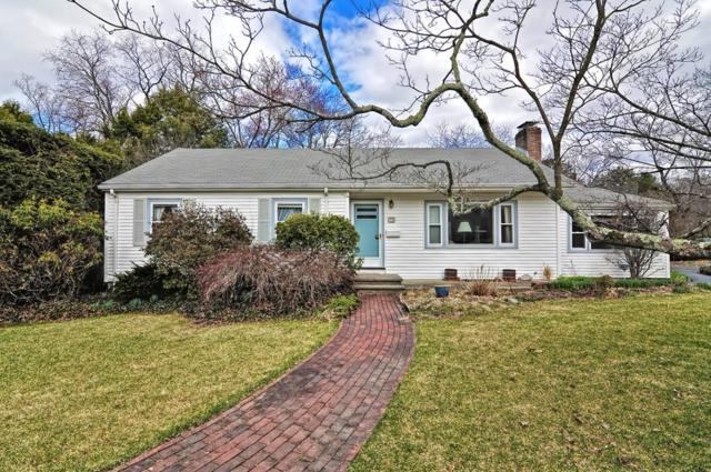 72 Pond St, Needham, MA 02492 (MLS #72481376) :: The Gillach Group