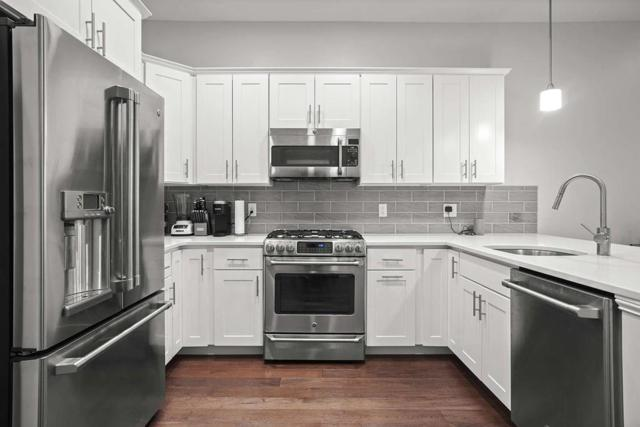 170 W. Broadway #206, Boston, MA 02127 (MLS #72484043) :: Driggin Realty Group