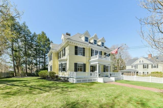 33 Russell St, Milton, MA 02186 (MLS #72484074) :: The Russell Realty Group