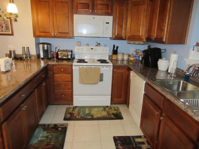 200 Fulton St #14, Fall River, MA 02720 (MLS #72484927) :: Westcott Properties