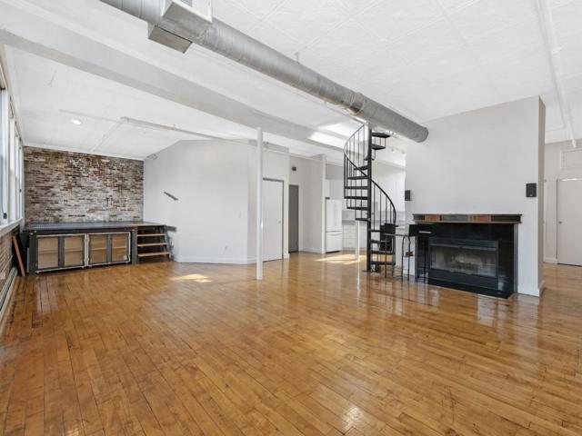 120 Lincoln Street 6A, Boston, MA 02111 (MLS #72485076) :: Charlesgate Realty Group