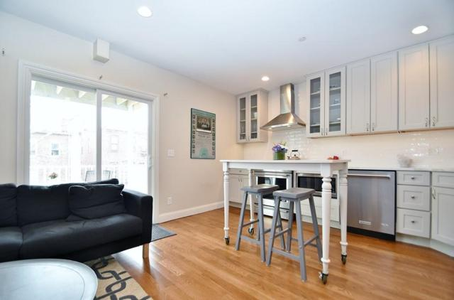 322 Athens St #4, Boston, MA 02127 (MLS #72487422) :: Trust Realty One