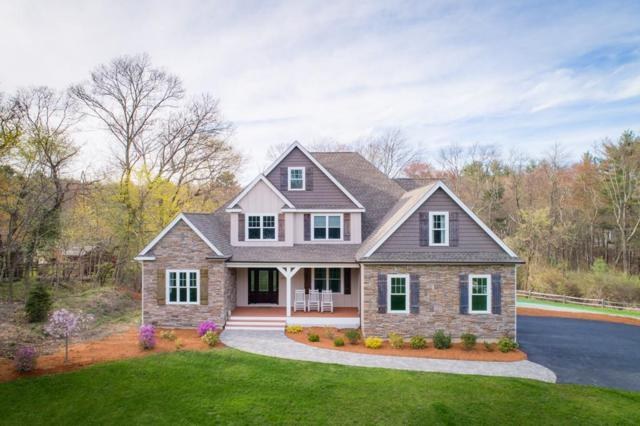 1576 West St, Wrentham, MA 02093 (MLS #72489189) :: Apple Country Team of Keller Williams Realty