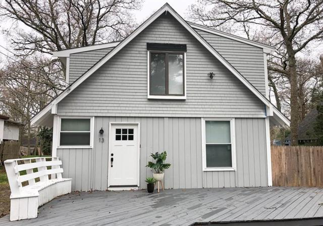 13 Edgewood Dr, Falmouth, MA 02536 (MLS #72489401) :: Apple Country Team of Keller Williams Realty