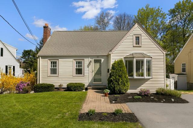 10 Lull St, Westwood, MA 02090 (MLS #72492815) :: Apple Country Team of Keller Williams Realty