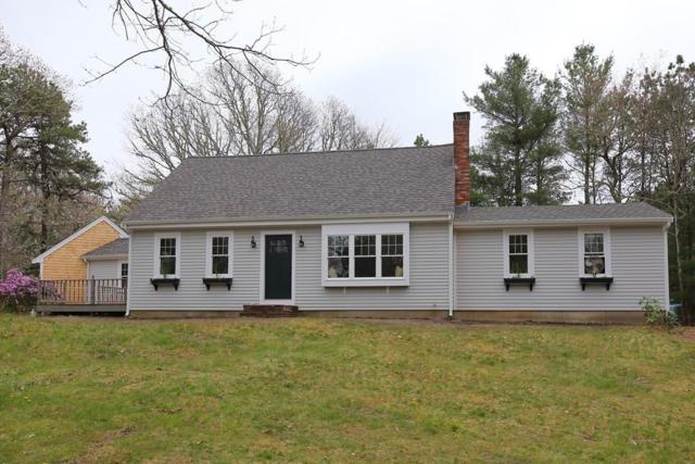 1 Pintail Cir, Bourne, MA 02534 (MLS #72493141) :: Apple Country Team of Keller Williams Realty