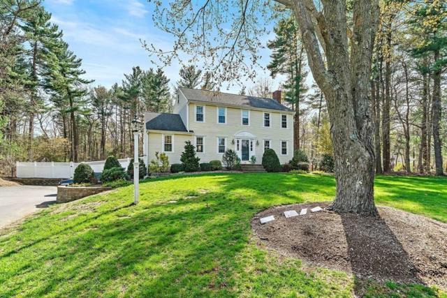104 Stonegate Lane, Hanover, MA 02339 (MLS #72494539) :: Apple Country Team of Keller Williams Realty