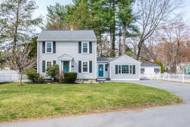 8 Oriole St, Chelmsford, MA 01824 (MLS #72495807) :: Apple Country Team of Keller Williams Realty