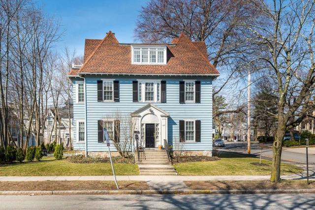197 Walnut St., Newton, MA 02460 (MLS #72496459) :: AdoEma Realty