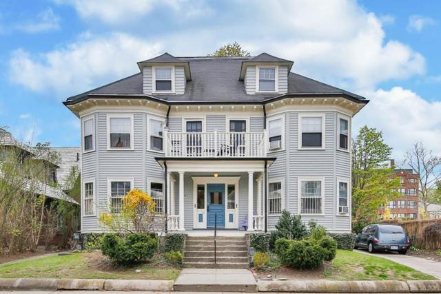 182 Highland Ave, Somerville, MA 02143 (MLS #72501078) :: Welchman Real Estate Group | Keller Williams Luxury International Division