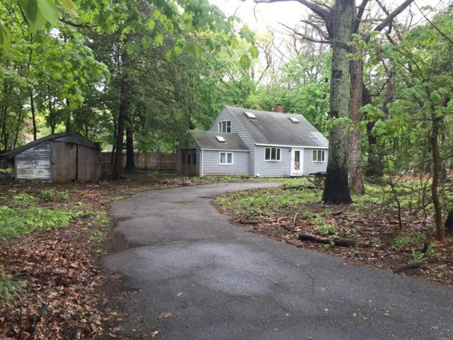 16 Oakwood Ave, Sudbury, MA 01776 (MLS #72501374) :: Apple Country Team of Keller Williams Realty