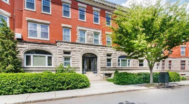 5 Verndale St #1, Brookline, MA 02446 (MLS #72504024) :: The Muncey Group