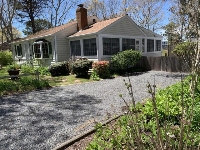 55 Pawkannawkut Dr, Yarmouth, MA 02664 (MLS #72504375) :: Apple Country Team of Keller Williams Realty