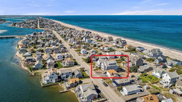 135 River St, Scituate, MA 02066 (MLS #72505517) :: Welchman Real Estate Group | Keller Williams Luxury International Division