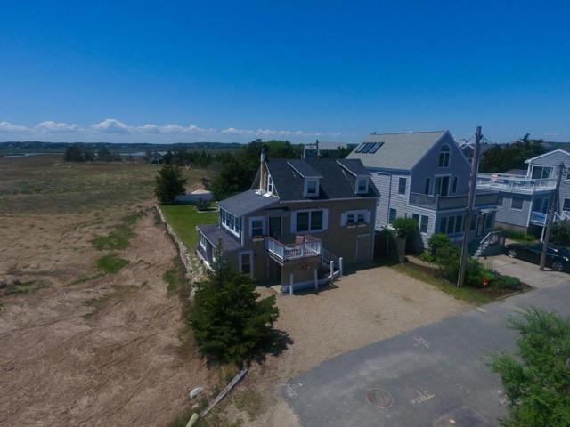 10 Pine Point Pl, Duxbury, MA 02332 (MLS #72508259) :: Apple Country Team of Keller Williams Realty