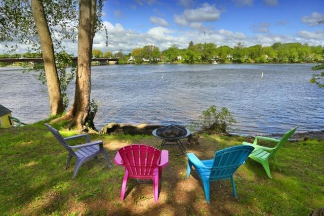 2 Marion Ave, Groveland, MA 01834 (MLS #72508268) :: Trust Realty One