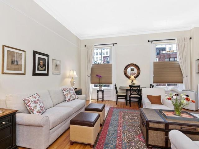 76 Commonwealth Ave #8, Boston, MA 02116 (MLS #72517593) :: The Russell Realty Group