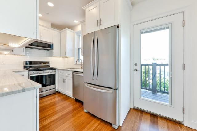 44 West Eagle St. #2, Boston, MA 02128 (MLS #72519645) :: Lauren Holleran & Team