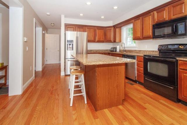 71 Business St #71, Boston, MA 02136 (MLS #72520016) :: Primary National Residential Brokerage