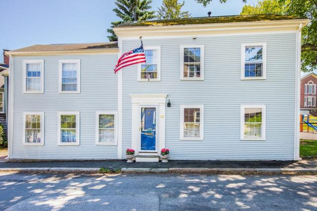 42 Elm St, Marblehead, MA 01945 (MLS #72520638) :: Kinlin Grover Real Estate