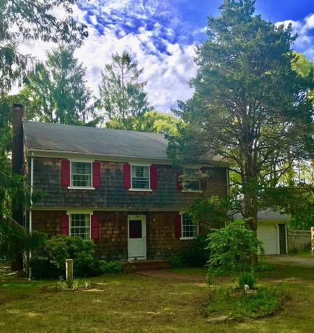 19 Saconesset, Falmouth, MA 02540 (MLS #72523260) :: Kinlin Grover Real Estate