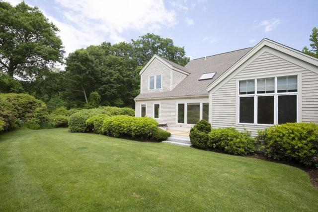 19 Livermore Lane, Weston, MA 02493 (MLS #72523375) :: Apple Country Team of Keller Williams Realty