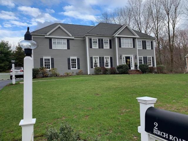 2 Birch Road, Medfield, MA 02052 (MLS #72525864) :: Welchman Torrey Real Estate Group