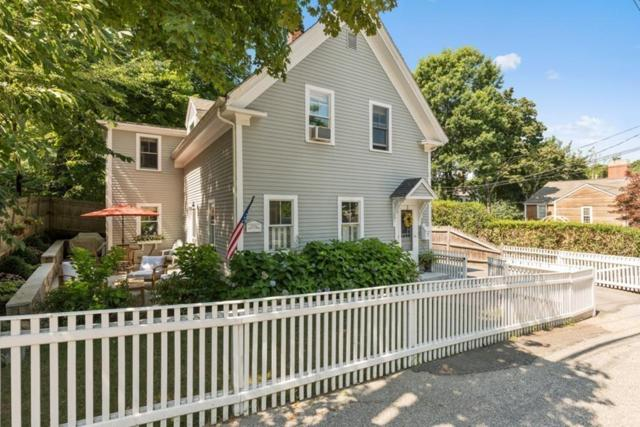 7 Hersey St, Hingham, MA 02043 (MLS #72528140) :: The Russell Realty Group